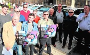 17-12-15 Alfonso Durán Taxistas campaña refugiados Sirios